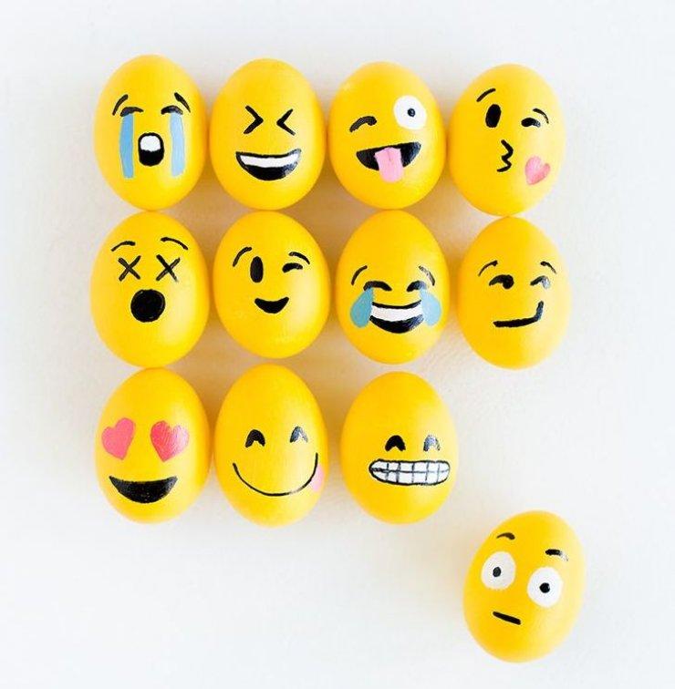 EASTER EGGS CRAFTS Mommo Design Adorable Easter Eggs Decoration Design