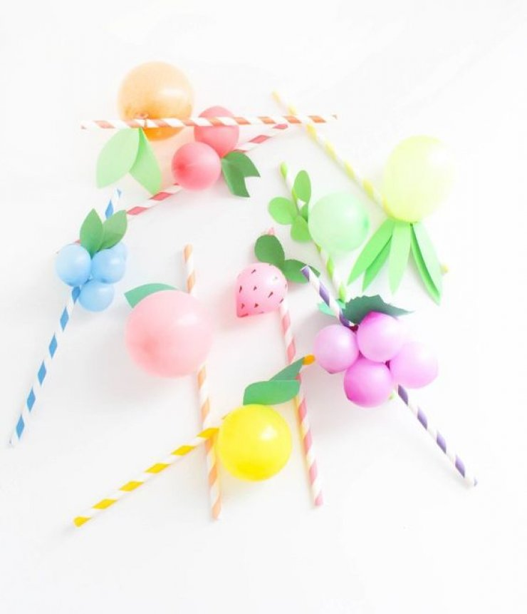 mommo design: FRUIT BALLOONS