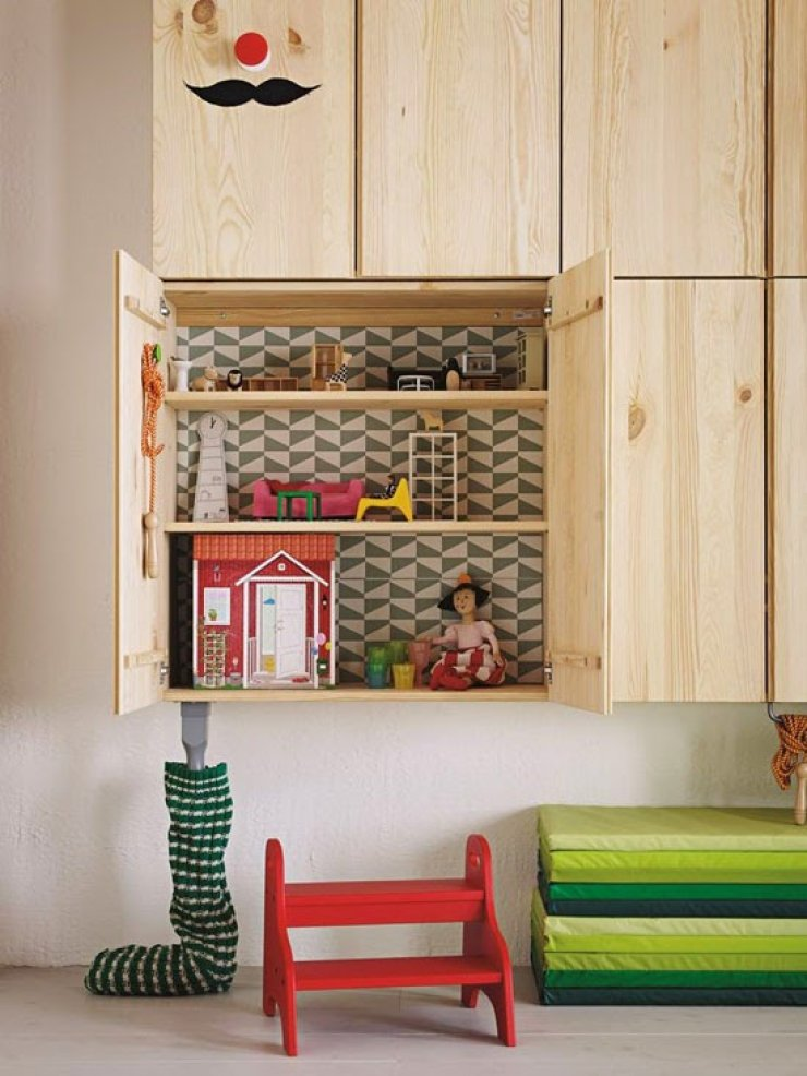 dollhouse in ikea ivar cabinet