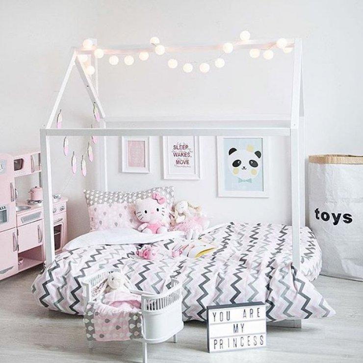bright girl s rooms mommo design rh mommodesign com