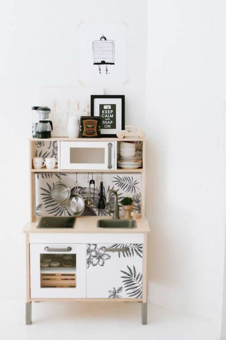 mommo design: IKEA PLAY KITCHEN HACKS