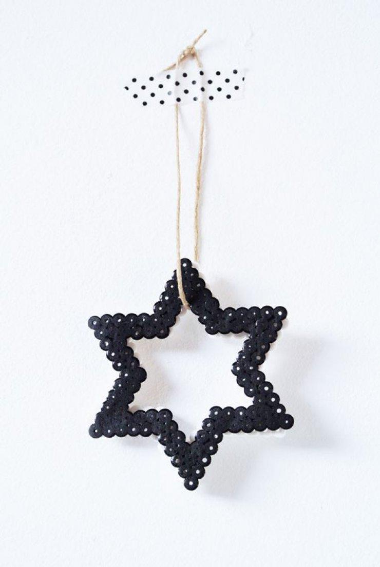 diy black christmas star