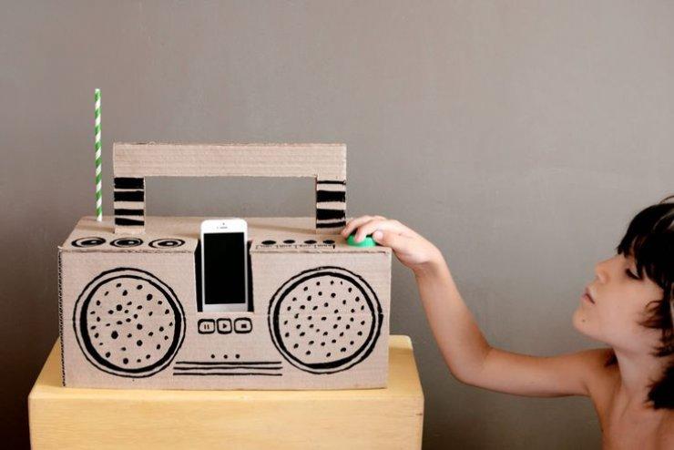Diy cardboard radio
