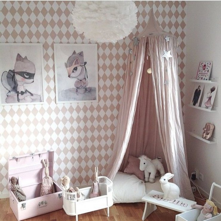 pink reading book & GIRLY READING CORNERS | Mommo Design