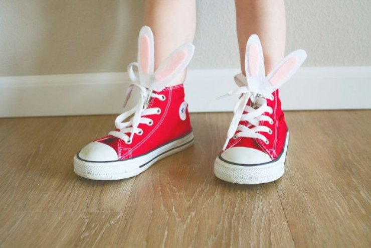 Easter bunny shoe clips