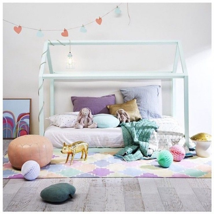 mint house framed bed