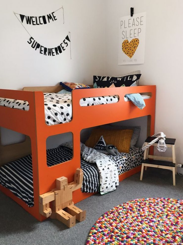 8 cool bunk beds mommo design for Futon kids room