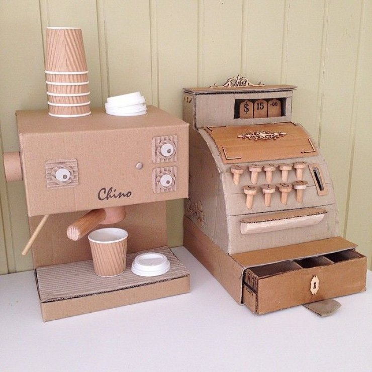 mommo design: PLAYING WITH CARDBOARD