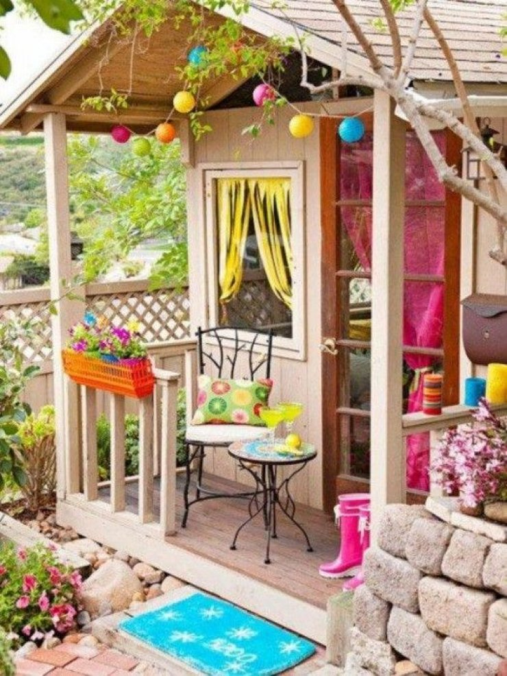 mommo design: OUTDOOR PLAYHOUSE