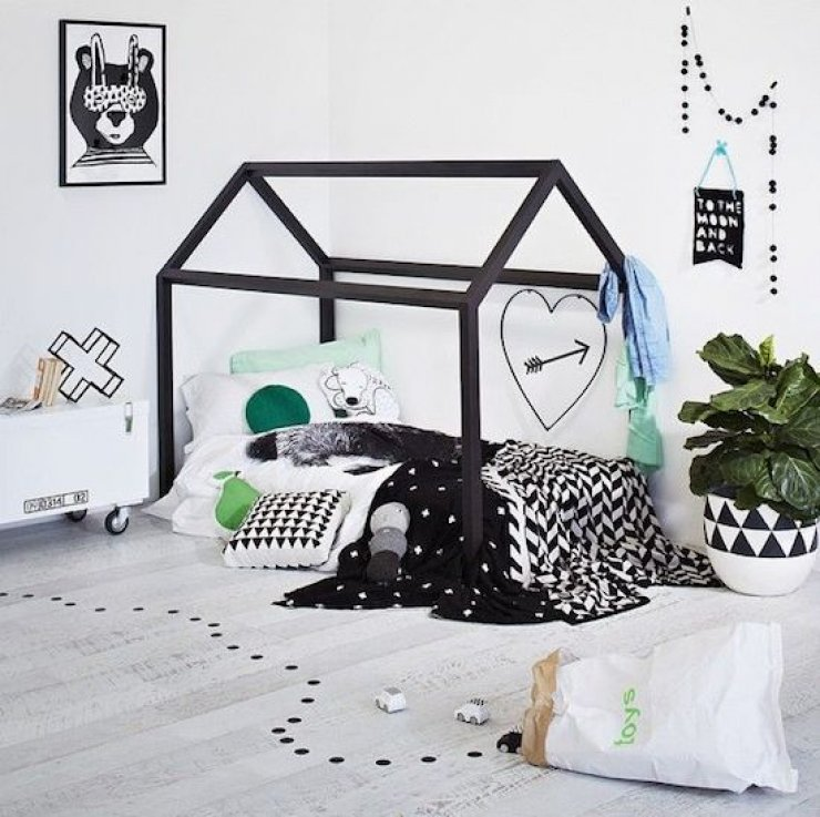 house shaped bed for kids, black frame