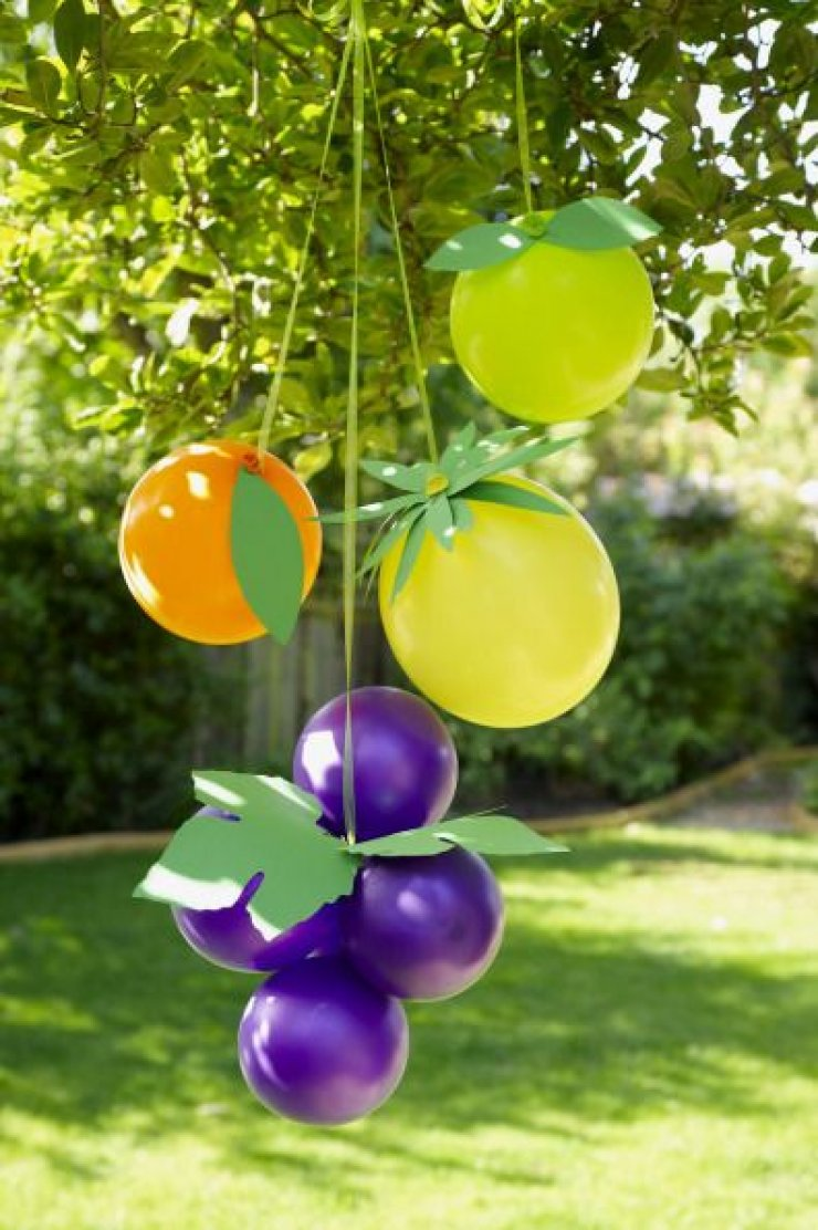 Summer Party Decorations: FRUIT BALLOONS