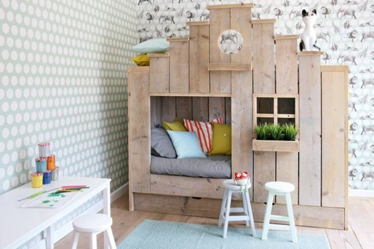 house shaped bunk bed